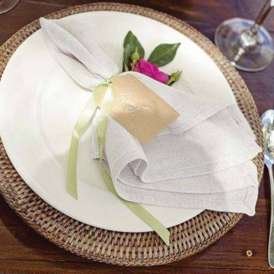 Rattan Charger Plates and Natural Linen Napkins